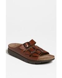 Sandalias de cuero en marrón oscuro de Mephisto