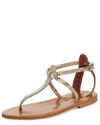 Sandalias de dedo de cuero con print de serpiente en beige de K. Jacques