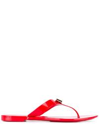 Sandalias de dedo rojas de Salvatore Ferragamo