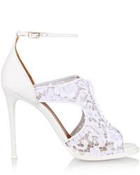 Sandalias de encaje blancas de Givenchy