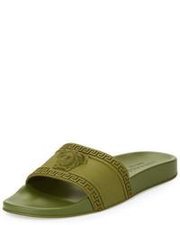 Sandalias de goma verde oliva de Versace