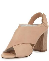 Sandalias de tacón de cuero gruesas marrón claro