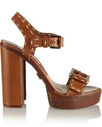 Sandalias de tacón de cuero gruesas marrónes de Michael Kors