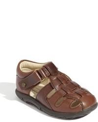 Sandalias marrónes