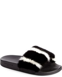 Sandalias negras de Givenchy
