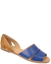 Sandalias planas de cuero azules