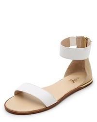 Sandalias planas de cuero blancas de Yosi Samra