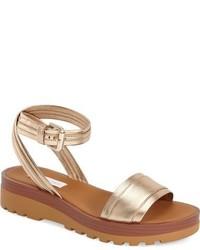 Sandalias planas de cuero doradas de See by Chloe