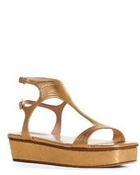 Sandalias planas de cuero doradas de Valentino