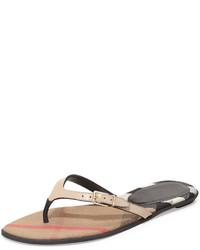 Sandalias planas de cuero marrón claro de Burberry