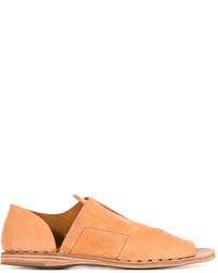 Sandalias planas de cuero marrón claro de Officine Creative
