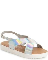 Sandalias plateadas de KensieGirl