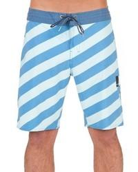 Shorts de baño de rayas horizontales celestes de Volcom