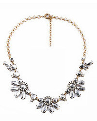 ChicNova Simple Style Diamante Floral Shaped Necklace