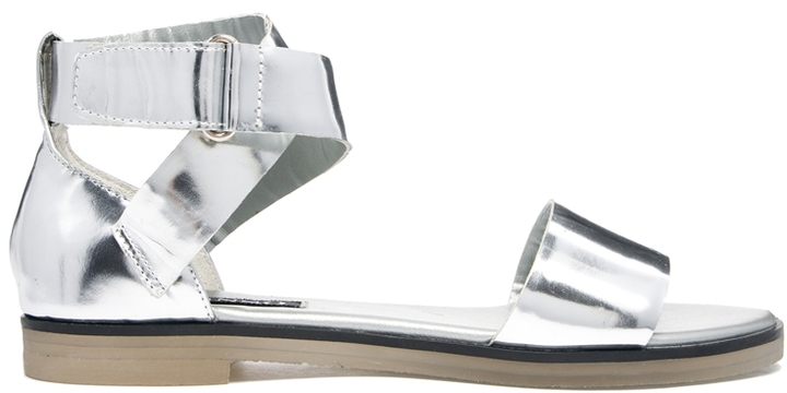 513ee39e0 ... Leather Flat Sandals Senso Faye V Silver Chrome Flat Sandals ...