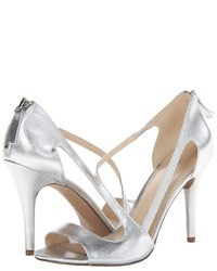 Nine West Simplistic