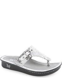 Vanessa thong sandal medium 611697