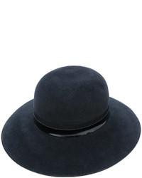 Sombrero azul marino de Lanvin
