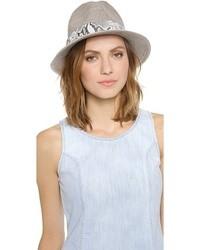 Sombrero de lana gris de Eugenia Kim
