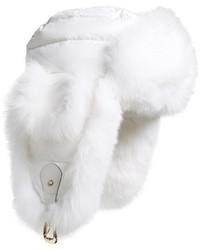 Sombrero de piel blanco de Tasha Tarno