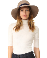 Sombrero marrón de Eugenia Kim