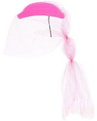 Sombrero rosa de Gucci