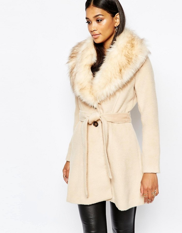 ce7fd6bdefef ... Lipsy Michelle Keegan Loves Coat With Faux Fur Collar ...