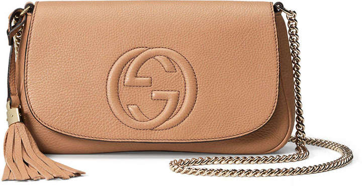 eb61b3a08c9 ... Gucci Soho Medium Crossbody Bag Beige ...
