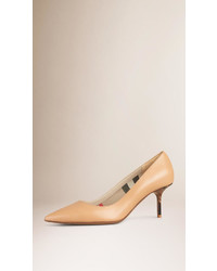 Burberry Point Toe Leather Pumps