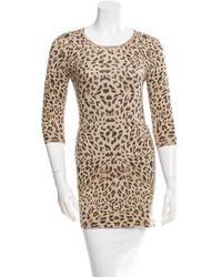 Leopard print crew neck sweater medium 3649214