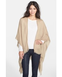 Fringe trim cape medium 385580