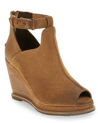 Backstage wedge bootie medium 3654170