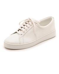 Tenis blancos de Michael Kors