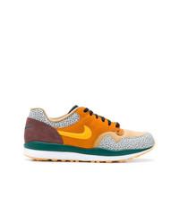 Tenis de ante en multicolor de Nike