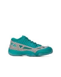 Tenis de cuero en verde menta de Nike