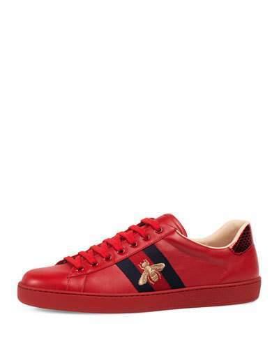 9e862a061 Tenis de cuero rojos de Gucci, $650 | Neiman Marcus | Lookastic ...