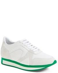 Tenis en blanco y verde de Burberry