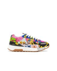 Tenis estampados en multicolor de Versace