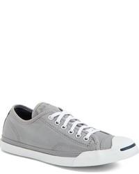 Tenis grises de Converse