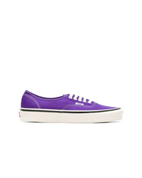 Tenis violeta claro de Vans
