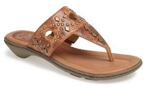 8c987faebaeb ... Ariat North Star Leather Thong Sandal ...