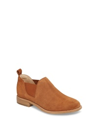 c139e3a182683 Tobacco Suede Chelsea Boots for Women   Women's Fashion   Lookastic.com