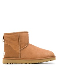 UGG Australia Shearling Lined Boots