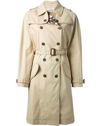 Dress in a white crew-neck pullover and a trench for a glam and trendy getup.