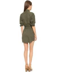 Como combinar un vestido verde olivo
