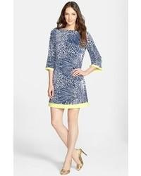 Vestido casual estampado en azul marino y blanco de Eliza J
