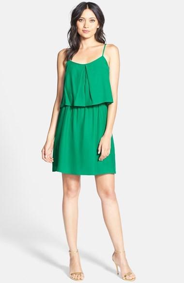 edefcfef2 ... Vestido casual verde de Amanda Uprichard ...