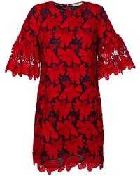 Vestido con relieve rojo de Tory Burch
