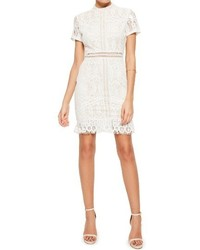 Vestido de encaje blanco de Missguided