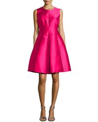 Vestido de fiesta de satén rosa de Kate Spade